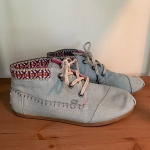 Toms Chambray Denim Booties Embroidered Trim, Sz 5